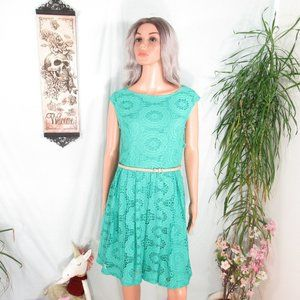Roz & Ali Mint Green Lacy Overlay Fit Flare